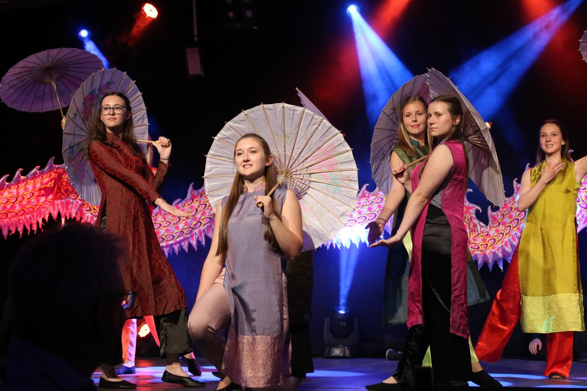 Winzertanzgruppe Leiwen feiert Jubiläum